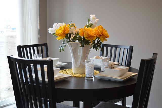 Designing your way around a small dining space
